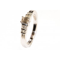 18ct White Gold (0.33pts) Diamond Ring RB1163APD